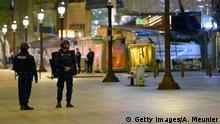Frankreich Schüsse auf Polizisten in Paris