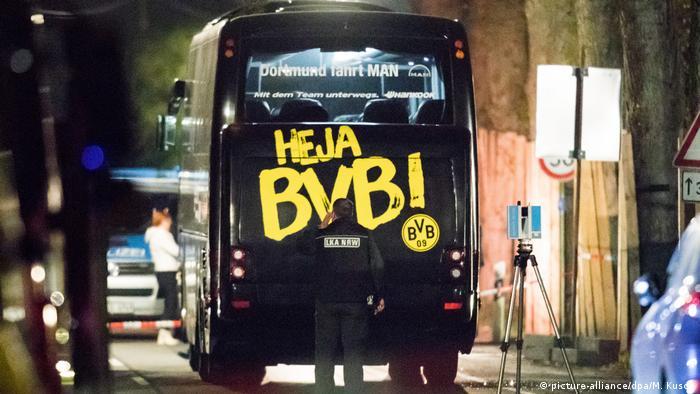 Deutschland Explosionen an BVB-Bus (picture-alliance/dpa/M. Kusch)