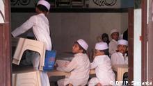 Titel: Madrasa student Description: Madrasa students in West Bengal. Its islamic school, which is not recognised from the Govt. keywords: India, Indien, Kolkata, Madrasa, Payel samanta Copyright: Payel Samanta