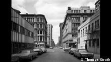 Thomas Struth (*1954) West 21st Street, Chelsea, New York, 1978 (1987) Gelatine silver print on baryta paper, 66 x 84 cm DZ BANK art collection at the Städel Museum © Thomas Struth The images may not exceed a resolution of 72 dpi and a size of 20 x 20 cm, and need to be in the JPEG format. Images need to be embedded and disabled for download.