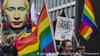 Демонстрація у Берліні проти переслідування ЛГБТІ у Чечні