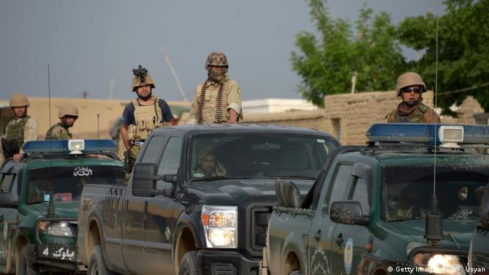 Afghanistan Angriff der Taliban auf eine Militärbasis in Masar-i-Scharif