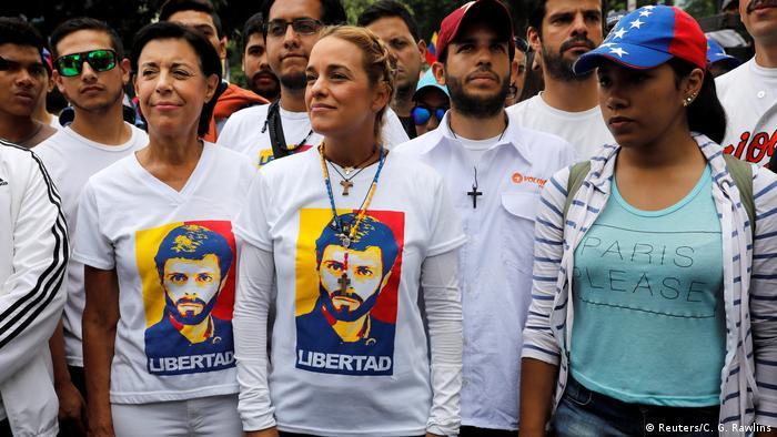 Vemezuela Caracas stiller Marsch zum Gedenken der Opfer (Reuters/C. G. Rawlins)