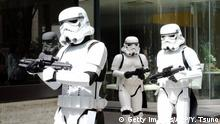+++ Bildergalerie Das erwartet uns im Mai +++Storm Troopers pose at a toy shop for the promotion of the Star Wars goods in Tokyo on May 4, 2015. May 4th is called the Star Wars Day among Star Wars fans as the famous phrase May the Force be with you in the movie sounds like May the 4th be with you. AFP PHOTO / Yoshikazu TSUNO (Photo credit should read YOSHIKAZU TSUNO/AFP/Getty Images)