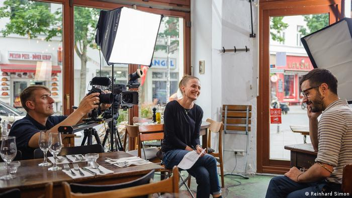 Author and editor Stephanie Drescher, and cameraman and video editor Uwe Schwarze (Photo: Reinhard Simon)