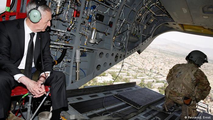 Afghanistan James Mattis in Kabul