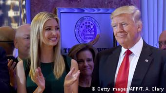 Donald und Ivanka Trump (Getty Images/AFP/T. A. Clary)