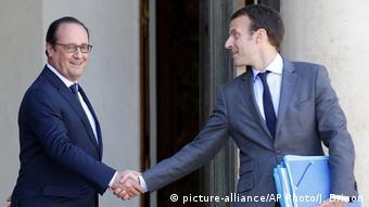 Макрона у політику привів Олланд