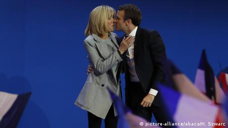 Бріжіт і Еммануель Макрон під час виборчої кампанії
