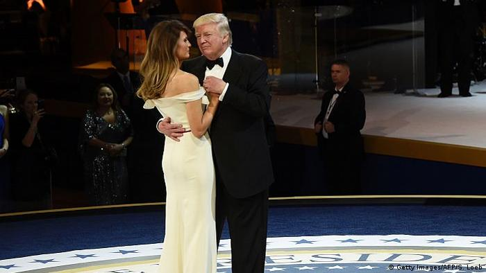 USA Donald und Melania Trump (Getty Images/AFP/S. Loeb)