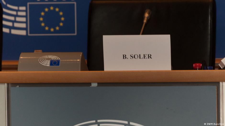 La silla de Berta Soler quedó vacía.
