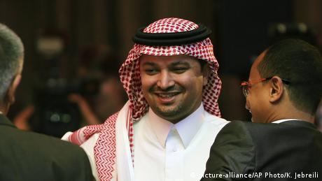 الكاتب السعودي الفائز بجائزة البوكر العربية محمد حسن علوان.