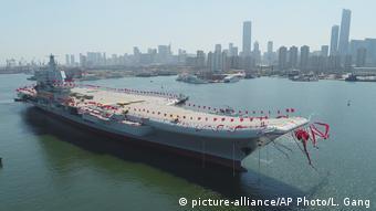 China Einweihung Flugzeugträger in Dalian