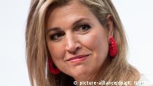 Die niederländische Königin Maxima, nimmt am 25.04.2017 in Berlin an einem internationalen Gipfel zur Stärkung von Frauen teil. Ziel der Veranstalter ist, Frauen in eine bessere wirtschaftliche Lage zu versetzen, ihnen mehr Chancen auf dem Arbeitsmarkt zu verschaffen sowie eine größere Beteiligung am Unternehmertum zu ermöglichen. Foto: Kay Nietfeld/dpa +++(c) dpa - Bildfunk+++ | Verwendung weltweit