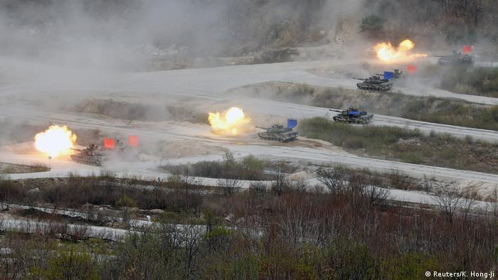 Südkorea Militärübungen bei Pocheon (Reuters/K. Hong-Ji)