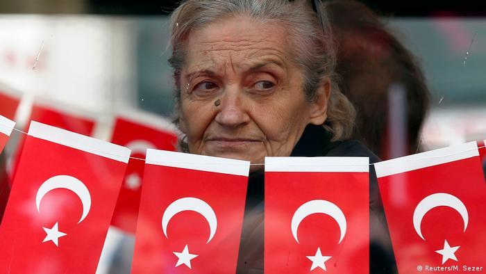 Türkei Anti-Regierungs-Demonstration in Istanbul (Reuters/M. Sezer)
