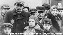 Zweiter Weltkrieg 1940-1944 Juden tragen Stern Davids Abzeichen
