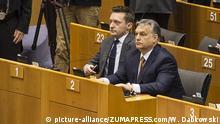 Ungarns Premier Orban (re.) im EU-Parlament: Ich verteidige mein Land