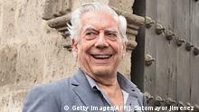29.03.2017 Peruvian novelist and 2010 Nobel Literature Prize-winner Mario Vargas Llosa (L) and his Spanish socialite girlfriend Isabel Preysler visit the Santa Catalina Monastery in Arequipa, Peru on March 29, 2017. / AFP PHOTO / Jose Sotomayor Jimenez (Photo credit should read JOSE SOTOMAYOR JIMENEZ/AFP/Getty Images)