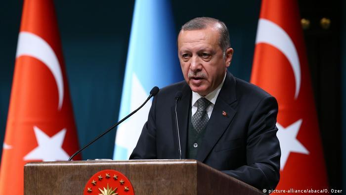 Türkei Präsident Erdogan (picture-alliance/abaca/O. Ozer )