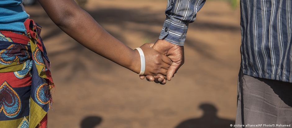 África Ocidental e Central são regiões onde meninas estão particularmente vulneráveis a casamentos forçados