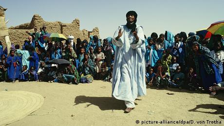 Niger Tuareg Marriage Hochzeit (picture-alliance/dpa/D. von Trotha)