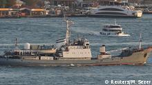 Türkei Russisches Kriegsschiff Lima auf dem Bosporus