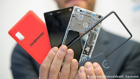 Компания Fairphone использует принцип модульной конструкции при производстве смартфонов