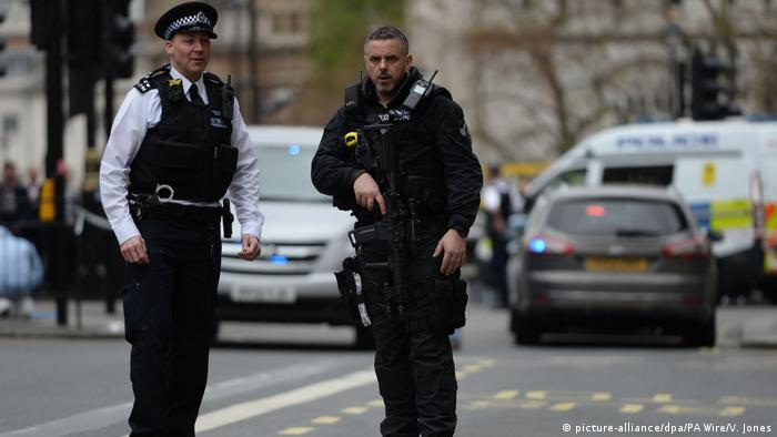 Großbritannien Terroralarm und Festnahme in London (picture-alliance/dpa/PA Wire/V. Jones)