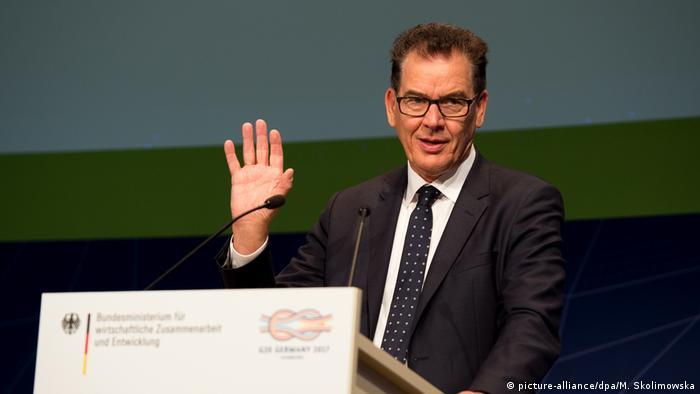 Berlin G20 Konferenz EINEWELT ohne Hunger ist möglich Müller