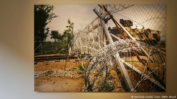 Herlinde Koelbl 'Refugees' exhibition (Herlinde Koelbl, Foto: DW/H. Mund)