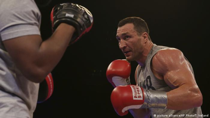 UK Box- Joshua Klitschko in der Wembley Arena in London (picture alliance/AP Photo/T. Ireland)