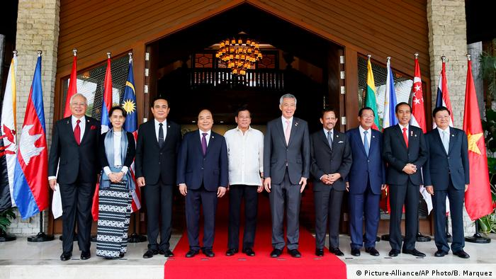 ASEAN-Gipfel in Manila (Picture-Alliance/AP Photo/B. Marquez)