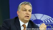 BRUSSELS, BELGIUM - APRIL 26: Hungary's Prime Minister Viktor Orban gives a speech during a press conference after a plenary session at the European Parliament on the situation in Hungary, in Brussels, Belgium on April 26, 2017. The EU parliament heard Orban on rights record and a series of controversial decisions that has sparked concerns about possible European Union punishments against his country. Dursun Aydemir / Anadolu Agency   Keine Weitergabe an Wiederverkäufer.