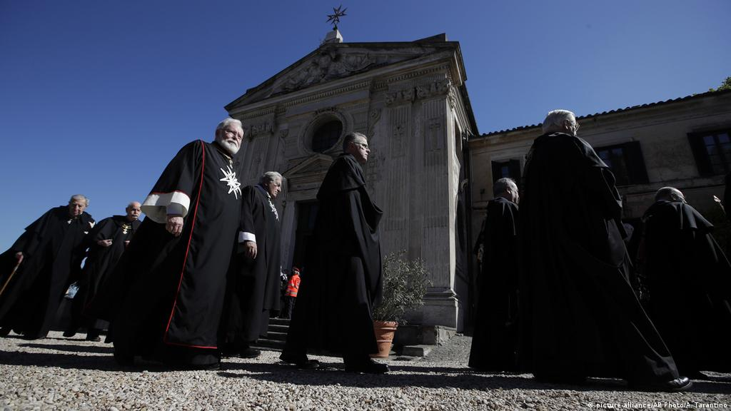 Knights of Malta choose new leader amid row with Vatican