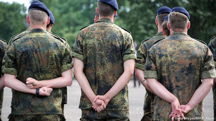 Frankreich Illkirch-Graffenstaden Bundeswehr Soldaten vom Jägerbataillon 291 (Getty Images/AFP/F. Florin)