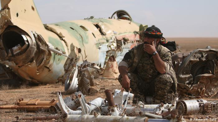 Syrien Kampf um Tabqa Luftwaffenstützpunkt (Reuters/R. Said)
