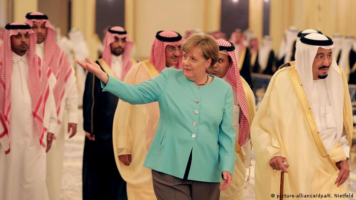 Angela Merkel, hier im April 2017 in Saudi-Arabien, ist für einen Exportstopp