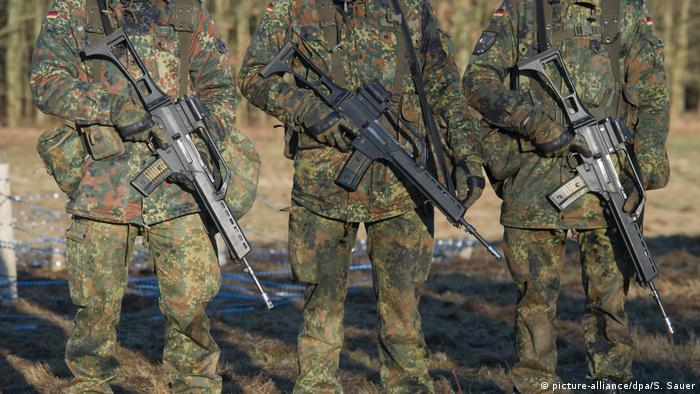 German soldiers (picture-alliance/dpa/S. Sauer)