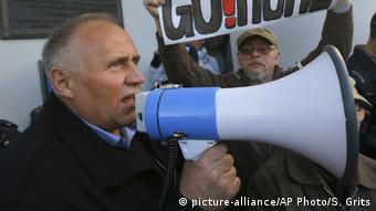 Белорусский оппозиционный политик Николай Статкевич во время митинга (фото из архива)