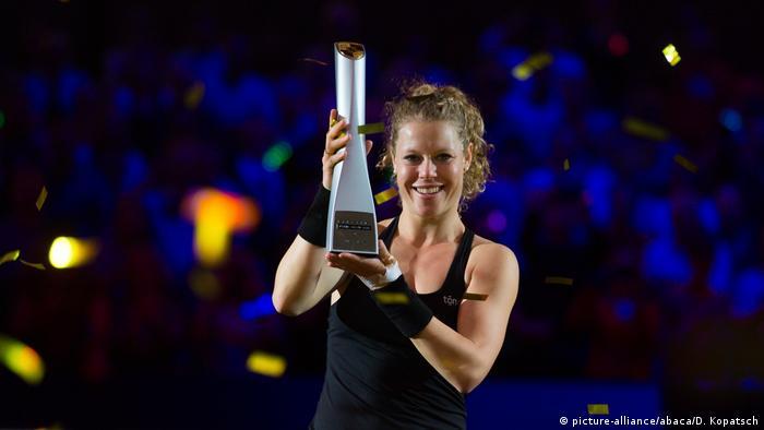 Tennis WTA Stuttgart Frauen Finale Laura Siegemund - KiKi Mladenovic (picture-alliance/abaca/D. Kopatsch)