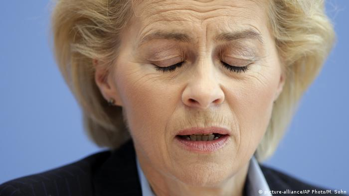 Ursula von der Leyen (picture-alliance/AP Photo/M. Sohn)
