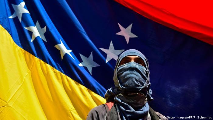 Venezuela Caracas Protest Gedenken getöteter Student (Getty Images/AFP/R. Schemidt)