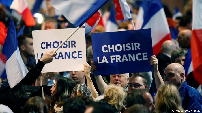 Anhänger von Marine le Pen und dem Front National am Maifeiertag in Villepinte