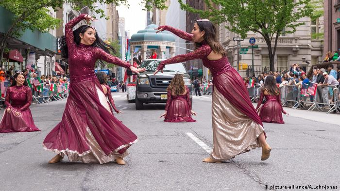 Annual Persian Parade (picture-alliance/A.Lohr-Jones)