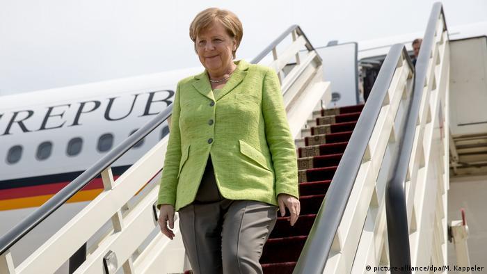 Russland Ankunft Angela Merkel in Sotschi