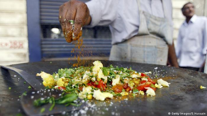 Streetfood Indien (Getty Images/S.Hussain)