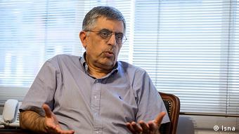 غلامحسین کرباسچی، شهردار وقت تهران یکی از دستگیرشدگان پرونده شهرداران بود