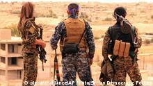 Syrien Tabqa SDF Kämpfer