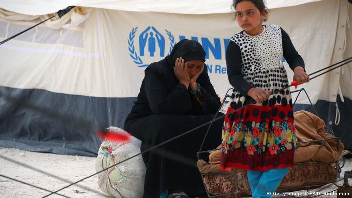 Syrien Vertriebene Region Rakka (Getty Images/AFP/D. Souleiman)
